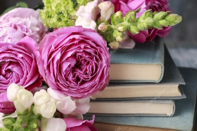 depositphotos_118525468-stock-photo-old-books-and-bouquet-of.jpg